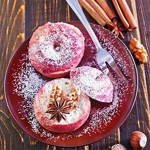 Bratapfel mit Marzipanfüllung