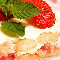 Erdbeer-Rhabarber-Tiramusu