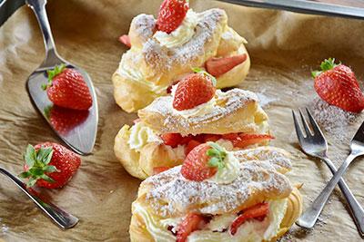 Serviervorschlag Erdbeertörtchen
